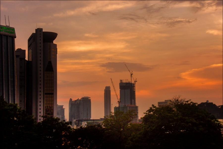 Дождливый закат в Куала Лумпур