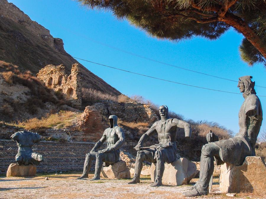 Памятник воякам