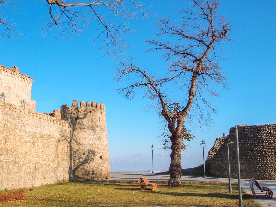 Крепость Батонисцихе в Телави