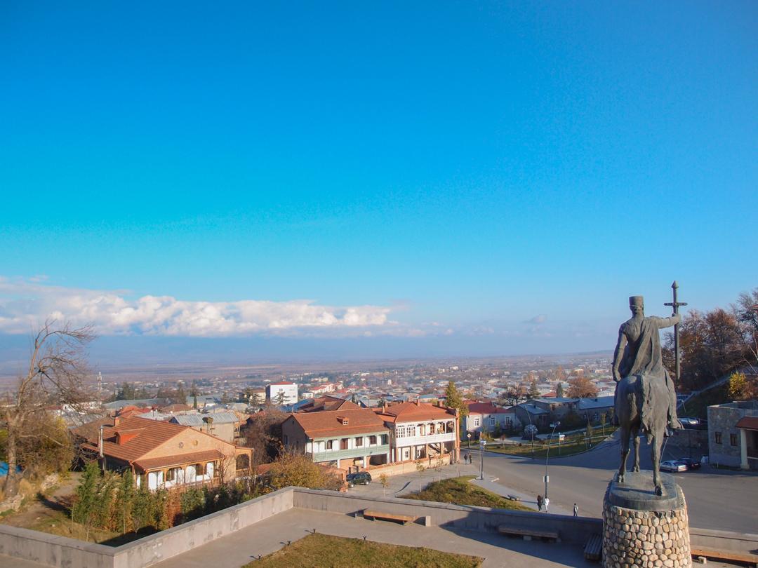 Памятник Ираклию II в Телави